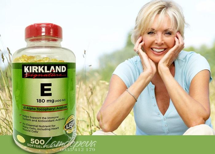vitamin-e-thien-nhien-400-iu-kirkland-signature-500-vien-cua-my-2.jpg