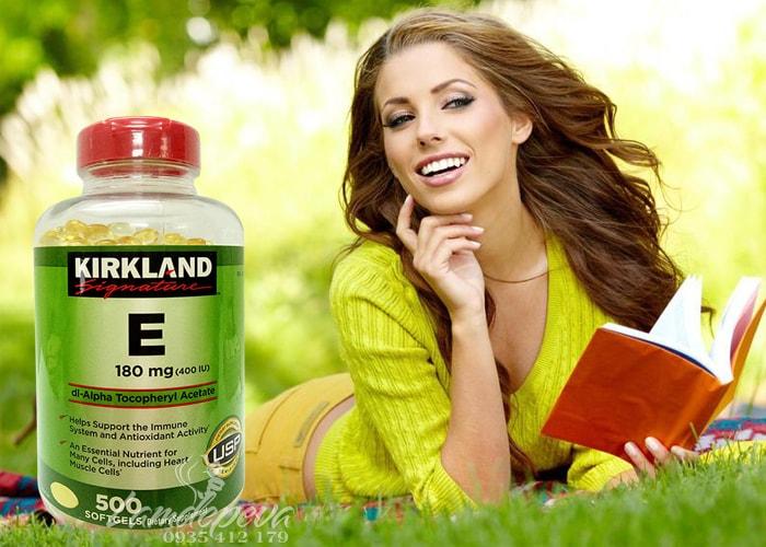 vitamin-e-thien-nhien-400-iu-kirkland-signature-500-vien-cua-my-4.jpg