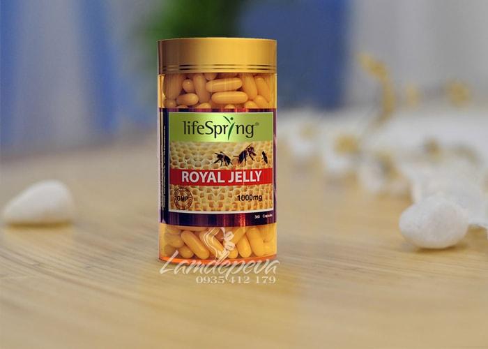 Sữa ong chúa cao cấp LifeSpring Royal Jelly 1000mg của Úc 1