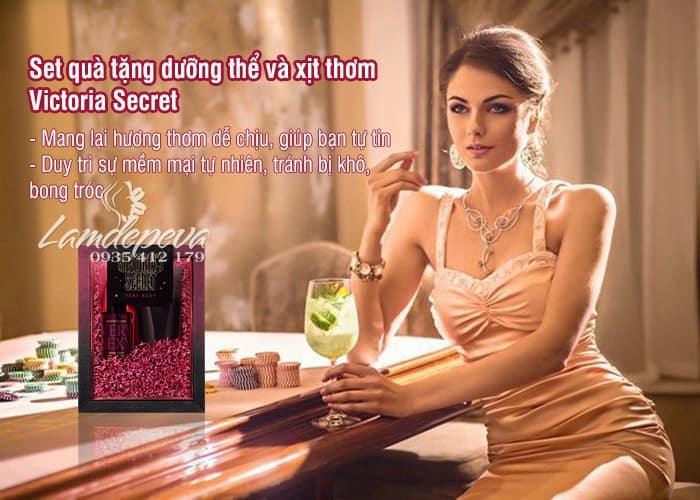 Set quà tặng dưỡng thể và xịt thơm Vitoria Secret 75ml 3